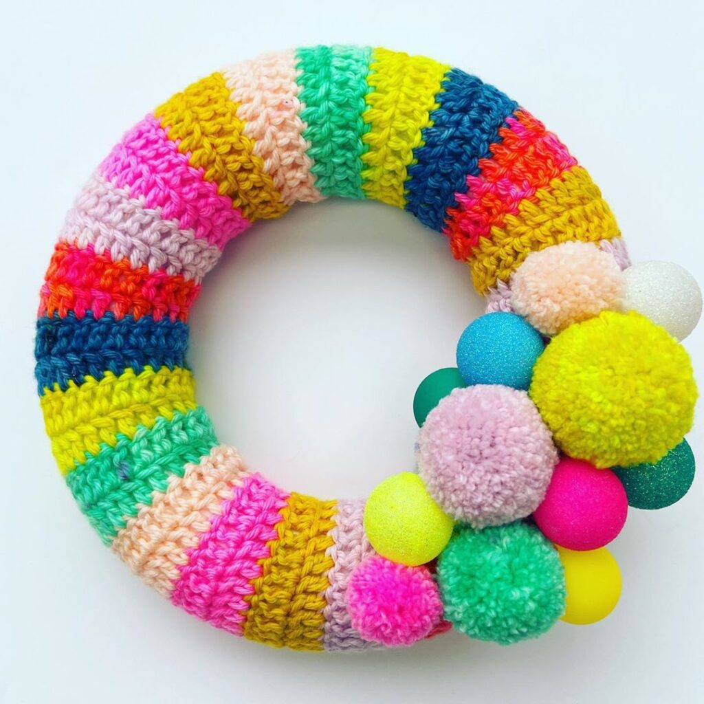 christmas wreath yarn